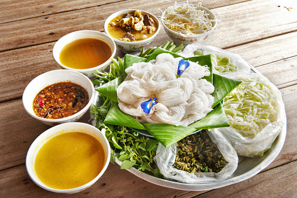 typical-khmer-cambodia-cuisine